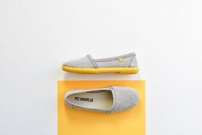 Pez-Amarillo-camping-1-sardina-bamba-alpargata-suela-de-caucho-amarillo-yellow-made-in-spain-mediterranean-hecho-en-españa-algodon-100%